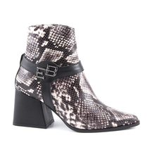 Ghete Enzo Bertini Women's boots Enzo Bertini snake print leather with medium heel 2798dg3500sgr